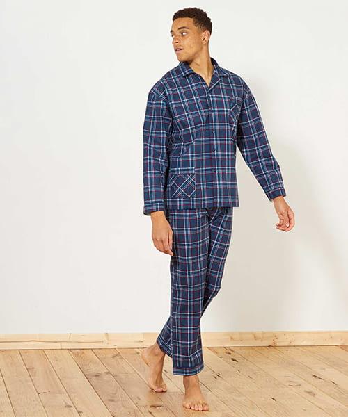 Pijamas de homem  o que levar em conta ao escolhê-los  d29d0c56801